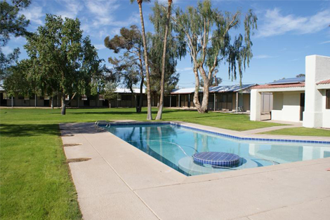The Ranch House pool - structured sober living in Scottsdale, Arizona